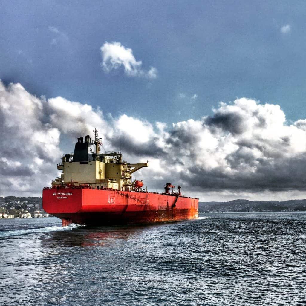 Vulkan Public Relations Frachtschiff
